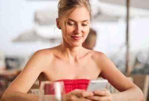 Cách mở đầu tin nhắn với bạn gái, khiến nàng rep lại trong 3 giây